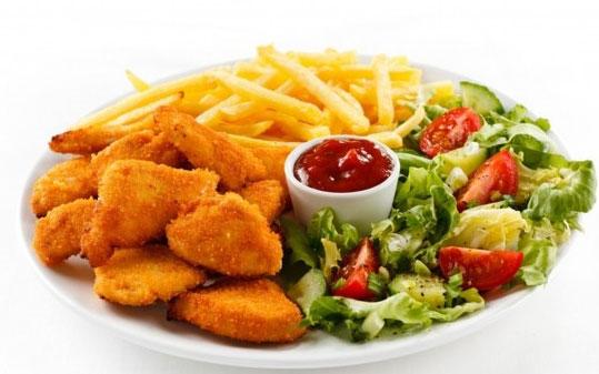 Thực phẩm chiên nếu ăn quá nhiều gây đau dạ dày