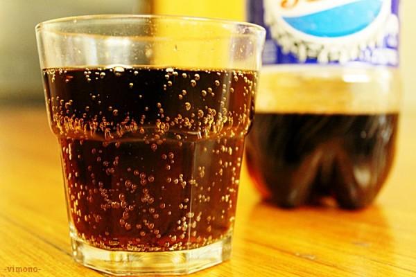 Tránh đồ uống có gas dễ gây ợ hơi