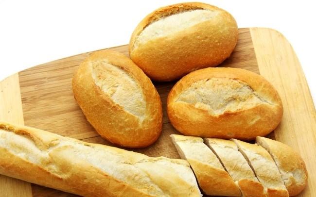 Bánh mỳ có tính thấm hút acid tốt cho bệnh nhân đau dạ dày