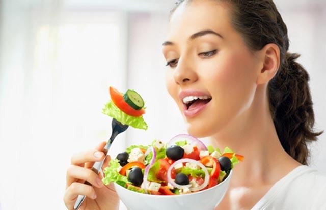 Chữa viêm loét dạ dày mãn tính bằng thói quen ăn uống