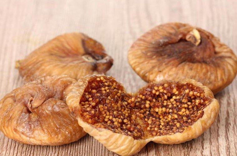 Điều trị viêm đau dạ dày bằng quả sung khô