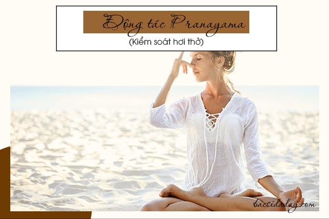 động tác yoga chữa đau dạ dày