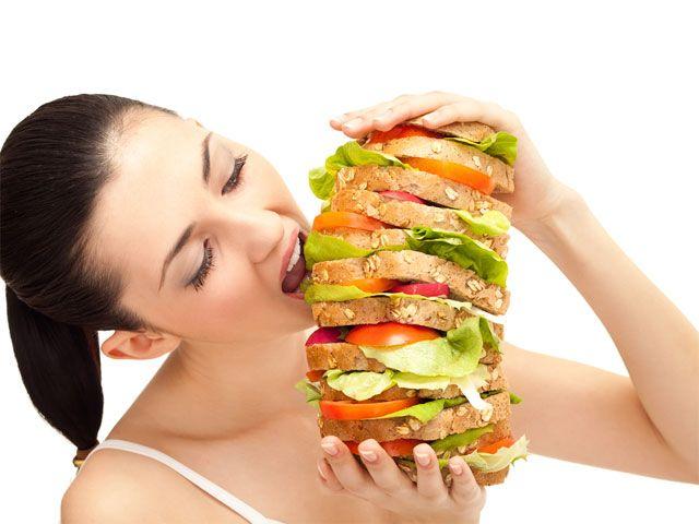 Ăn uống khiến đau dạ dày mãn tính thêm nặng
