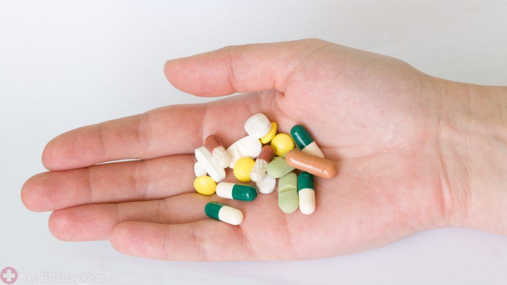 Cẩn trọng tác dụng phụ trào ngược dạ dày thực quản của thuốc tây