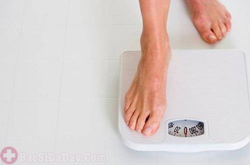 Giảm cân nhanh không rõ nguyên nhân do bệnh đau dạ dày
