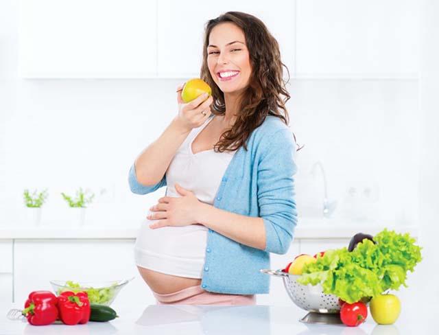 Điều trị trào ngược dạ dày ở bà bầu bằng cách ăn chậm