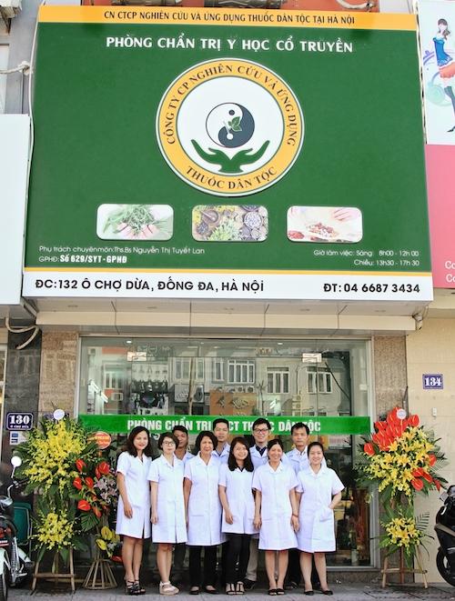 phong-kham-dong-y-thuoc-dan-toc-132-o-cho-dua