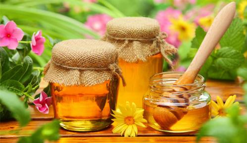 Dùng mật ong chữa đau dạ dày