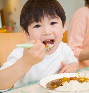 Bí quyết phòng ngừa bệnh dạ dày cho bé -2