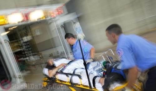 Hình ảnh cấp cứu người bệnh xuất huyết dạ dày trường hợp nặng