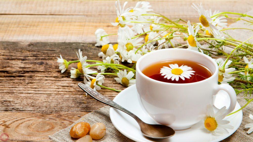 Trà hoa cúc giúp giảm đầy bụng
