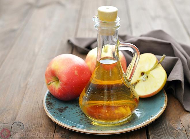 Giấm rượu táo trị đầy bụng