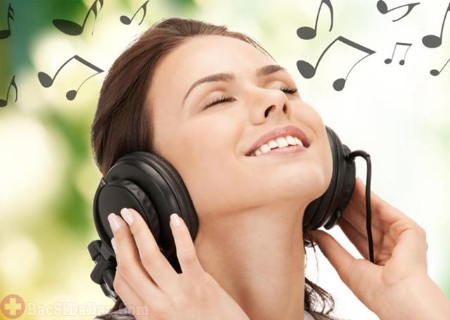 Nghe nhạc sau khi ăn tốt cho sức  khỏe